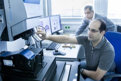 Mitarbeiter der Alicona Imaging GmbH ©ICS